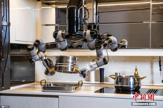 Meet robot chef that can cook and even clean