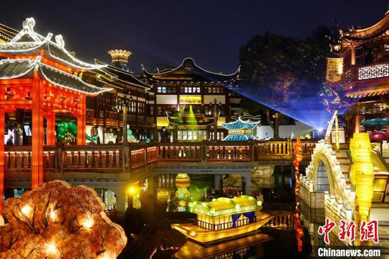 Yuyuan Garden dressed up for Lunar New Year